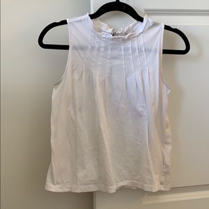 Gap white flowy tank with exposed back zipper